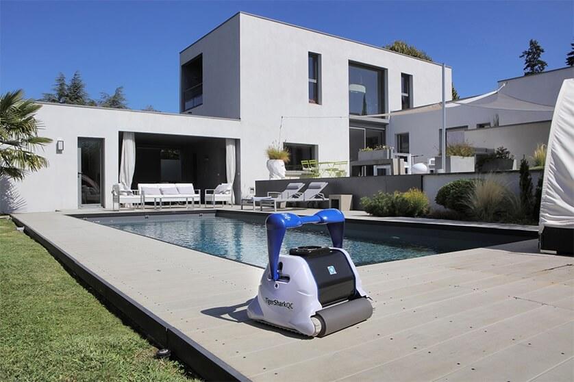 Top 5 Meilleurs Robots de Piscine 2021 (pour une piscine impeccable)