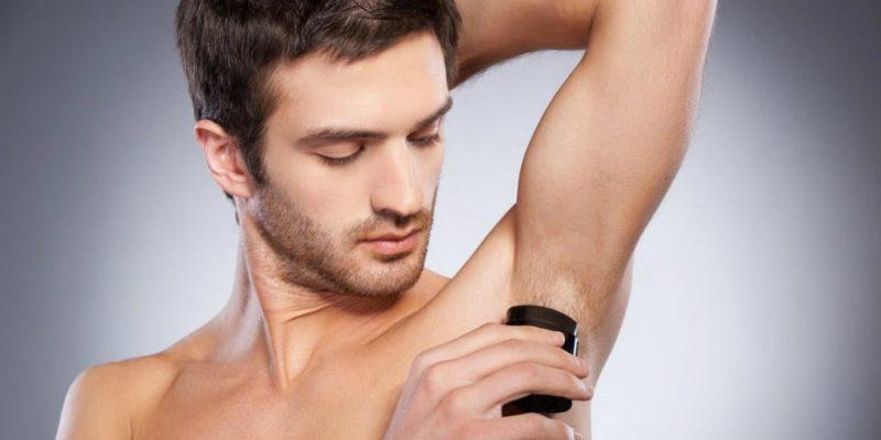 Les 3 Meilleurs Déodorants Hommes 2021 (Comparatif)